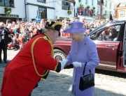 Greeting Her Majesty the Queen in Hitchin
